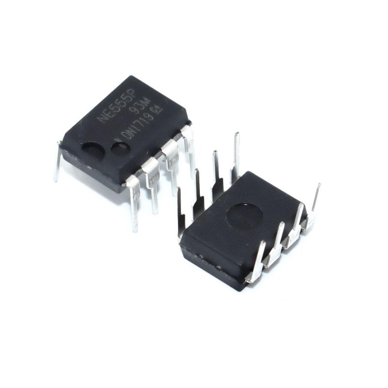 Микросхема NE555P DIP-8 (прецизионный таймер)